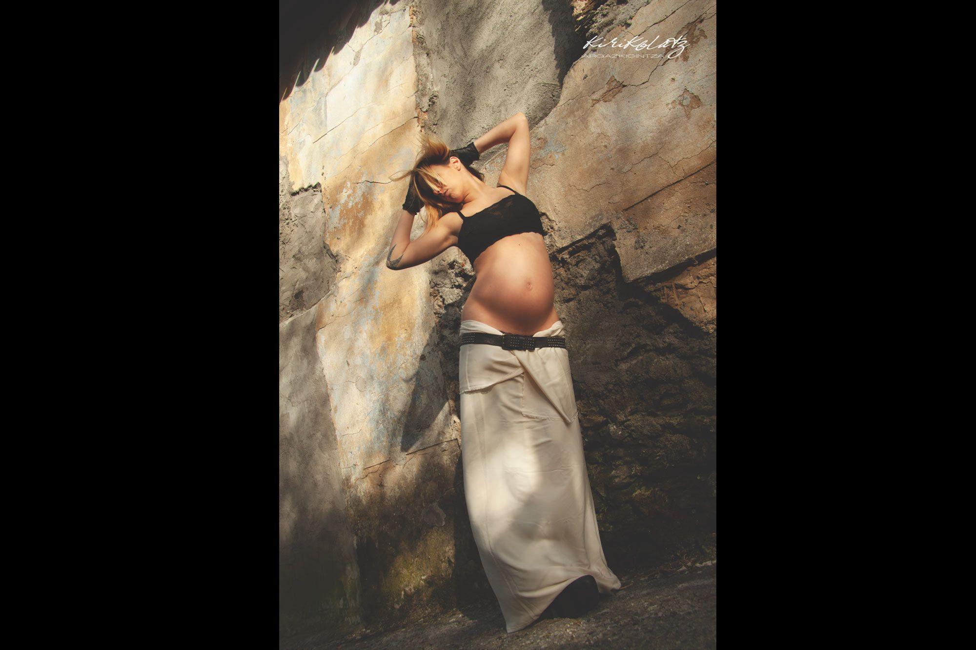 Fotografia Embarazadas Exteriores Mundaka Kirikolatz