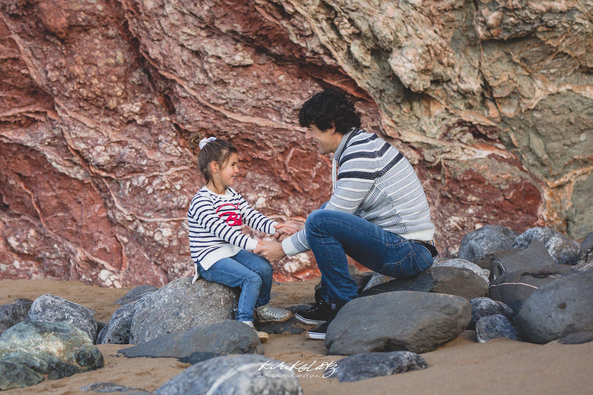 Sesiones Familias Bizkaia Fotos Playa Bakio Bizkaia Fotografa Kirikolatz